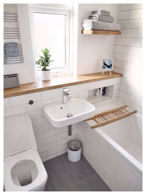 Best 25 Small Bathrooms Ideas On Small