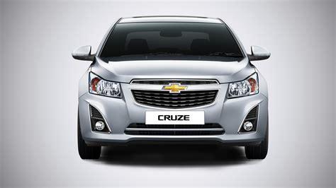 chevrolet cruze facelift revealed autocar india chevrolet cruze gets minor updates autocar india