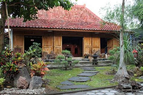 desain rumah jawa 17 best images about natural houses on pinterest bolivia