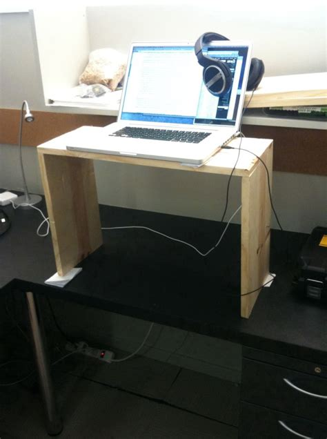Diy Adjustable Standing Desk Stand Up Desk Converter Staples Home Design Ideas