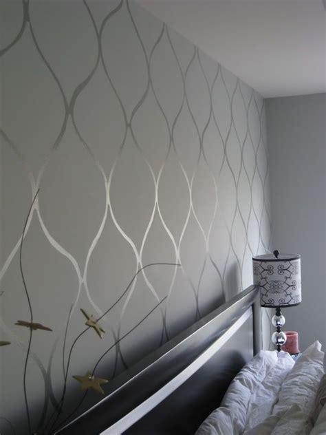 how to paint high gloss walls best 25 gloss paint ideas on pinterest