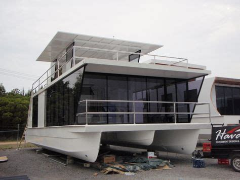 boat house construction 17 best ideas about houseboats on pinterest houseboat