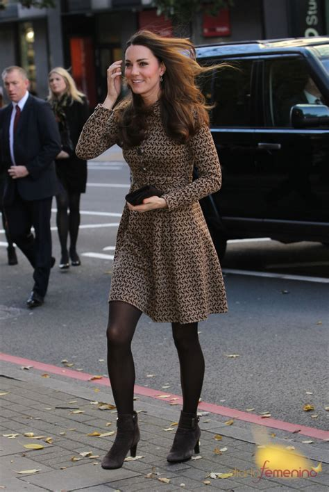 Kate Middleton Still Looking Fabulous by Kate Middleton Con Un Look Muy Oto 241 Al Y La Melena Al Viento
