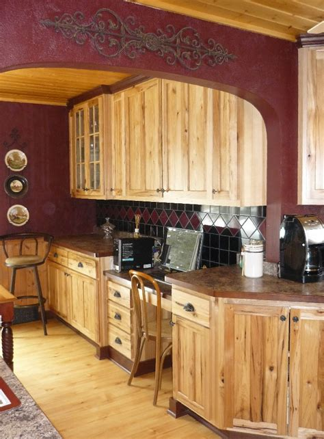 rustic hickory with red tones (great colours) Cabin Red