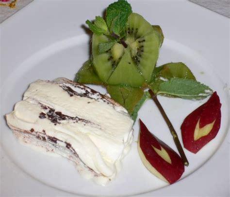 decorare torta con kiwi carvin decorazione piatto dolce con kiwi newsbartenders it