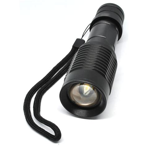 Baterai Senter taffware senter led 1000 lumens zoomable flashlight waterproof black jakartanotebook