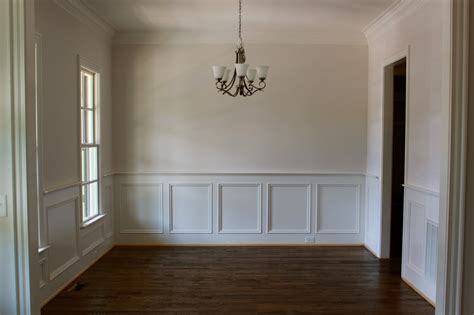 dining room with wainscoting the bentley scuttlebutt new house progress report 10