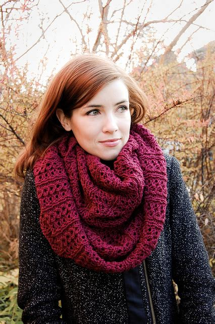 free knitting patterns for infinity scarves the infinity scarf free patterns to knit or crochet