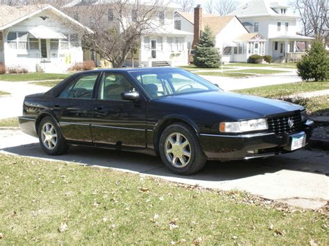 photos and videos 1997 cadillac seville sedan history in pictures kelley blue book 1997 cadillac seville user reviews cargurus