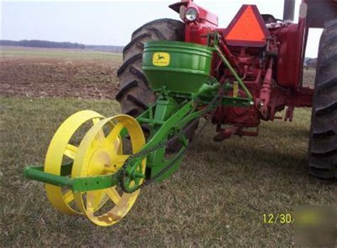 1 Row Planter by Deere Single Row Planter Images