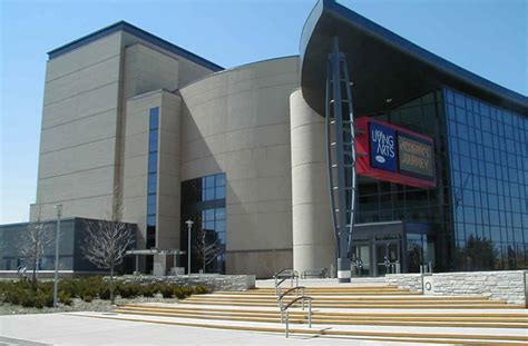 mississauga performing arts centre