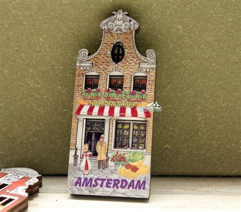 Souvenir Kaos Netherland 1 netherlands amsterdam wooden shoes store tourist travel souvenir fridge magnet craft in