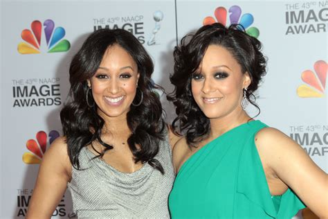 tia and tamera mowry get their twin style on at peta ad 45 interesting facts about tia and tamera mowry how they