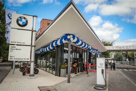 Motorrad Design Berlin by Spandau Mit Frischem Entree Neuer Lifestyle Und