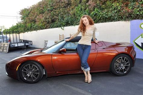 tesla electric car tesla sold a record 5 500 electric cars in the third