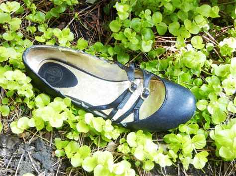 graveyard shoes shoe graveyard black flats go alone