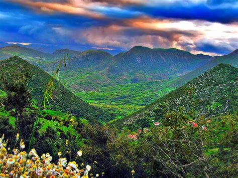 wallpaper alam damai gambar wallpaper pemandangan gunung gudang wallpaper