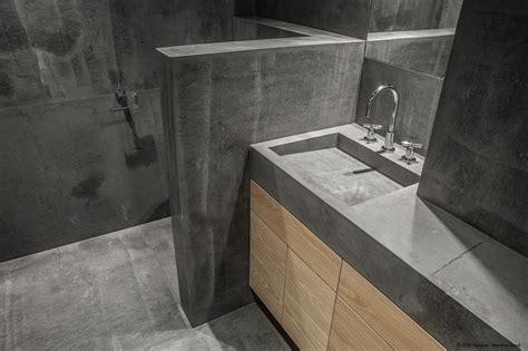 rivestire piastrelle vecchie rivestimenti in pietra bagno come rivestire e rinnovare