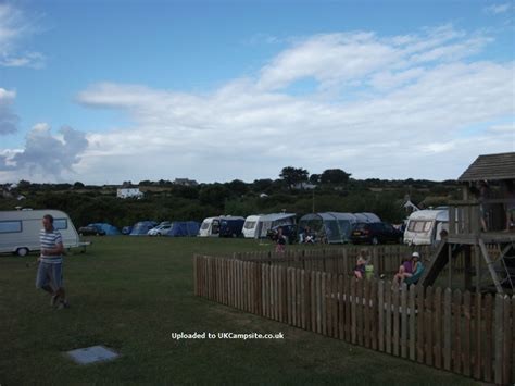 cottage farm touring park cottage farm touring park newquay csites cornwall