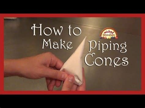 How To Make Piping Bag Out Of Parchment Paper - best 25 cake writing ideas on piping