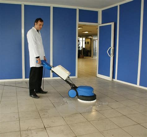 Floor Polishing by Floor Polishing Scrubbing Machine Sc 43 Cleanvac
