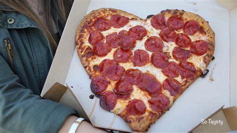pizza hut valentines shaped pizza pizza hut s bundle
