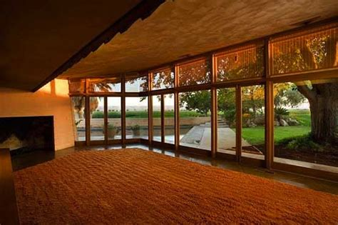 Modern Frank Lloyd Wright Style Homes Modern Interior Design Farm House With Japanese Garden By