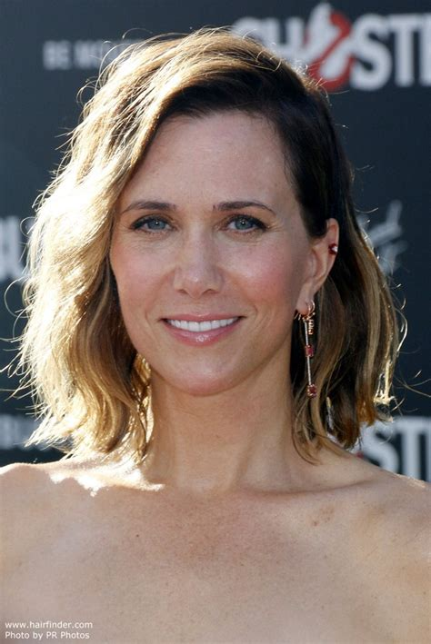 kristen wiig new hairstyles and haircuts daily hairstyles new kristen wiig s long wavy bob or wob hairstyle with ombr 233 color