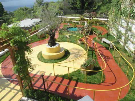 giardino alzheimer un giardino come terapia anti alzheimer l intruso