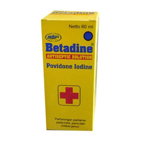 Betadine Solution 5 Ml P3k Obat Luka Panu Jamur jual betadine obat luka 60 ml harga kualitas terjamin blibli