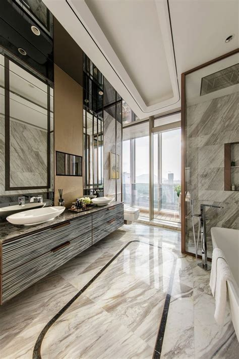 Luxury Modern Bathrooms by Best 25 Luxury Bathrooms Ideas On Luxury
