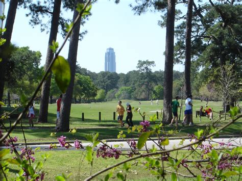 park houston 9 walks to experience this fall