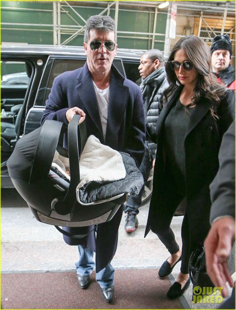 simon cowell and lauren silverman leave baby eric at home simon cowell lauren silverman leave hospital with baby