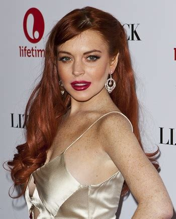 hairstyles: lindsay lohan – long curled hairstyle