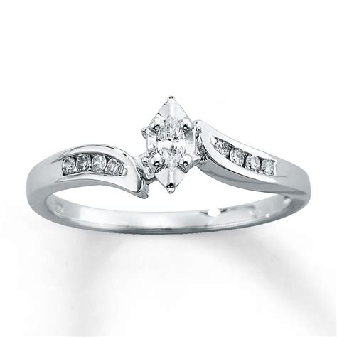 engagement ring 1 8 ct tw marquise cut 10k