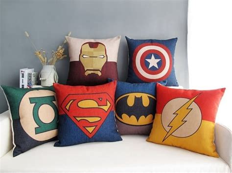 Character Pillows For by 23 Awesome Bedroom Ideas That Rock