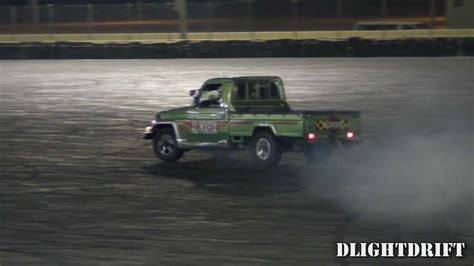 land cruiser pickup 1998 land cruiser pickup drifts at qrc استعراض في حلبة قطر