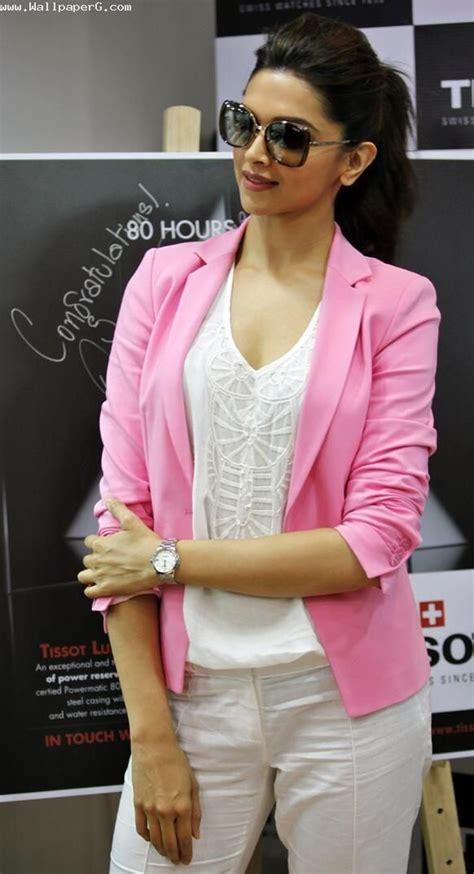 deepika padukone phone download deepika padukone in pink dress cool actress