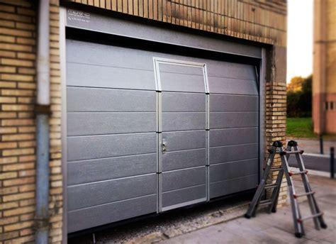 puertas garajes automaticas nuevas instalaciones de puertas de garaje seccionales en