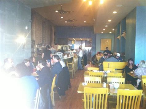 bongo room wicker park atmosphere crowded but worth the wait picture of bongo room chicago tripadvisor