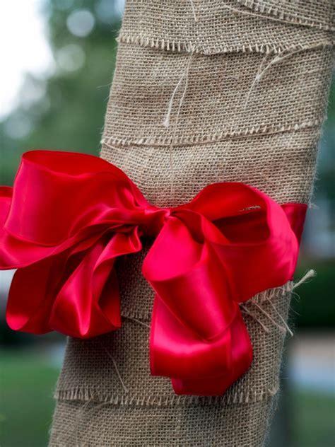 19 outdoor christmas decorating ideas hgtv 19 outdoor christmas decorating ideas hgtv