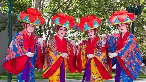 ashenda is a unique beautiful tigraian traditional festival where okinawan folk ensemble yerba buena gardens festival