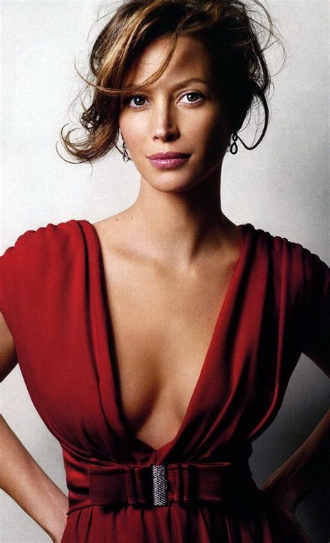 pics of christy turlington when she had short hair 88 best marvellous people places things images on
