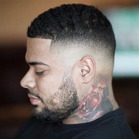 mid fade haircut 25 best ideas about mid fade haircut on pinterest mid