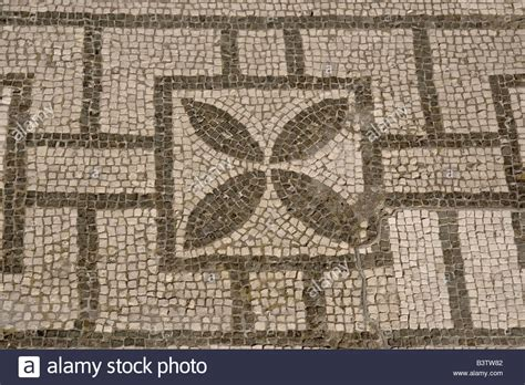 layout of the house of the faun europe italy cania pompeii mosaic floor patterns in