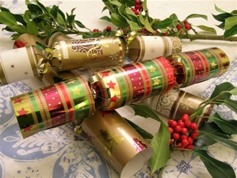 deck the holiday s history of christmas crackers