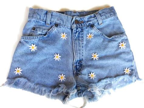 Custom Duvet High Waisted Denim Shorts Daisy Applique Hipster