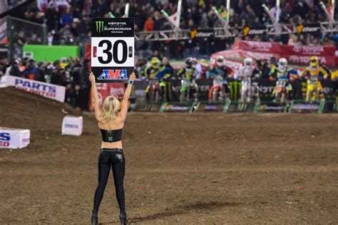who won the motocross race today who will win anaheim 1 on saturday supercross racer x