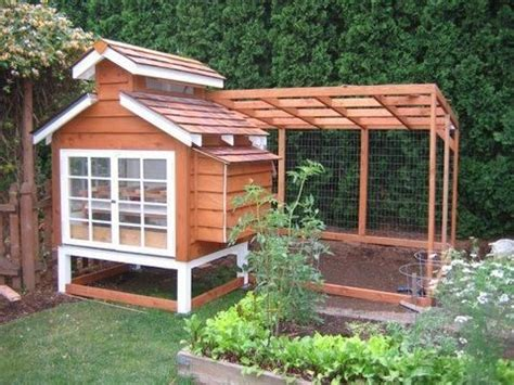 Cedar Chicken Coop Run With Planter by 162 Best Rabbit Hutch Images On