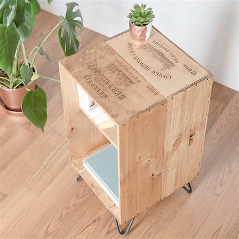 Idee Deco Avec Caisse De Vin En Bois diy recycler une caisse en bois deco en 40 id 233 es